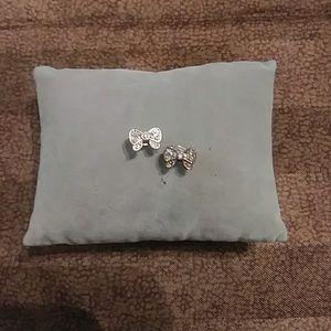 🔴 Bow Earrings